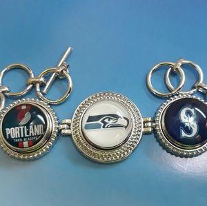 Jewelry - Seattle Fans Favorite Bracelet